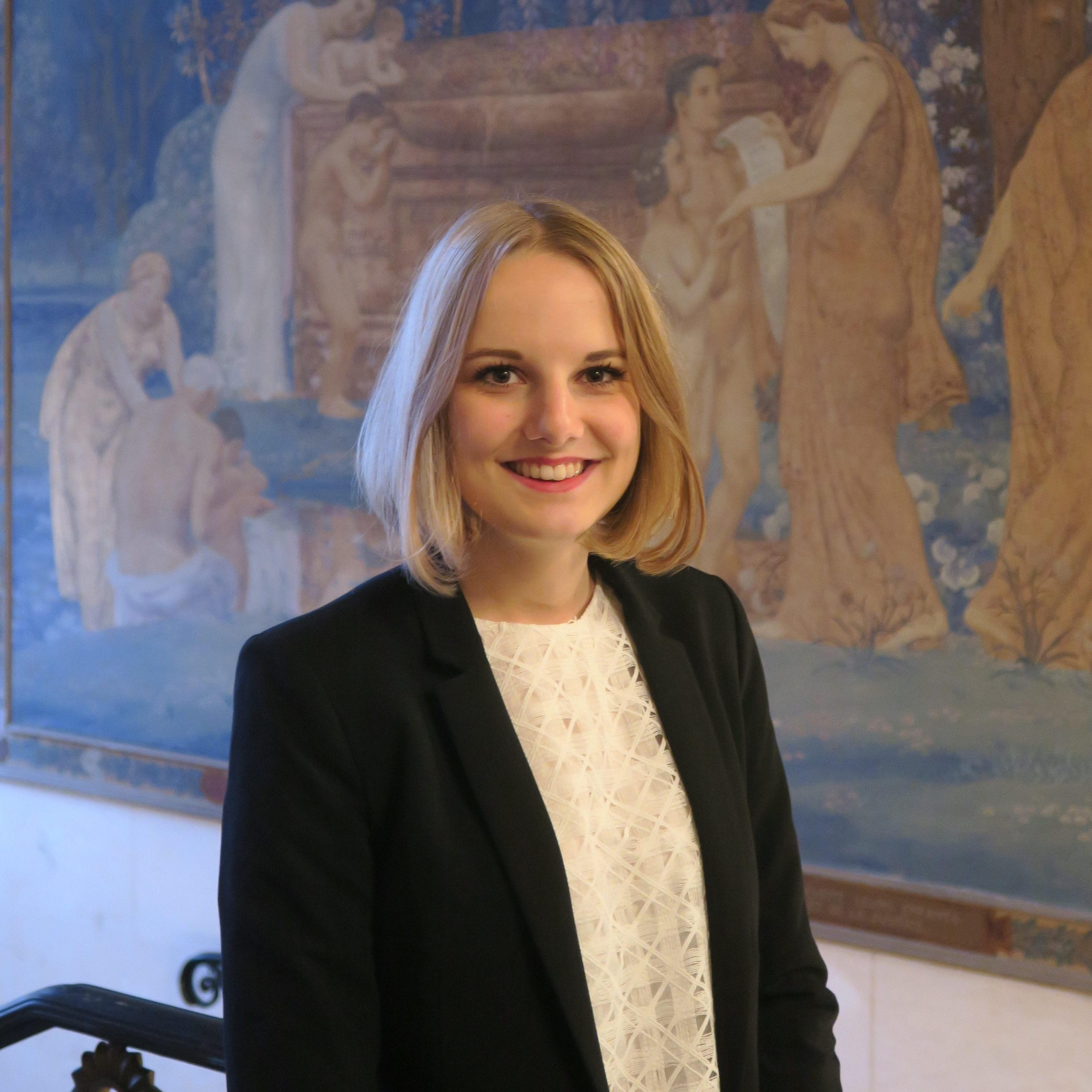 Alexane VIALLE (Présidente)